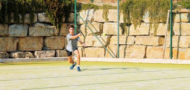 Aprende a jugar a tenis en Mijas