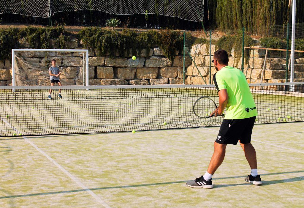 Escuela de tenis en Mijas